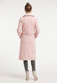 usha - Trenchcoat - rosa - 2