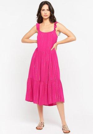Day dress - fuchsia