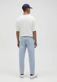 PULL&BEAR - STANDARD  - Jeans straight leg - light blue - 3
