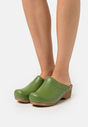 ORIGINAL SANDRA OPEN - Clogs - green