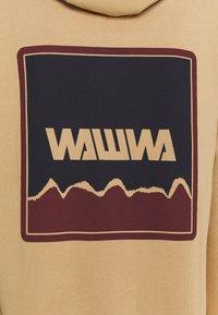 WAWWA - NUUK GRAPHIC HOODY UNISEX  - Felpa con cappuccio - oat - 2