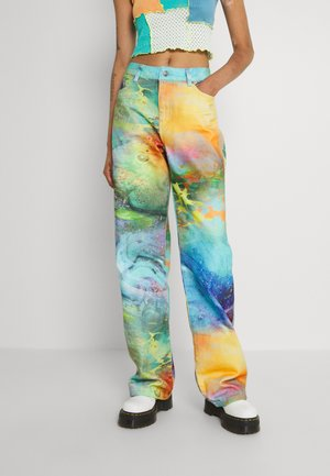 LOW RISE BUTTERFLY BACKGROUND - Bootcut jeans - multi