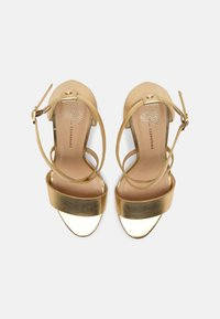Cosmoparis - VEGAN ZEANA - High heeled sandals - or - 4