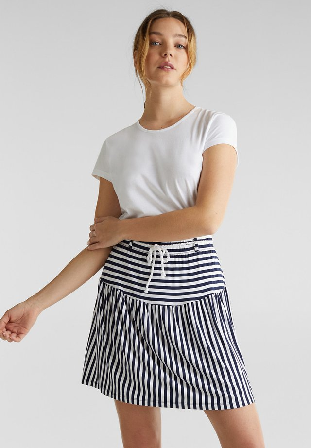 JERSEY-STRETCH-ROCK MIT KORDEL-GÜRTEL - A-line skirt - white