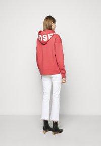 CLOSED - Sweatshirt - amaranth red - 2