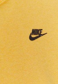 Nike Sportswear - HOODIE - Hættetrøjer - solar flare/smoke grey - 6