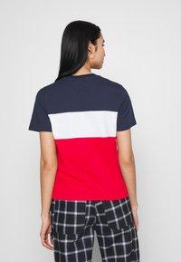 Fila - ANOKIA BLOCKED TEE - T-shirt print - true red/black iris/bright white - 2