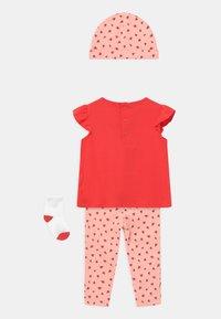 Carter's - LADYBUG SET - Print T-shirt - pink - 1