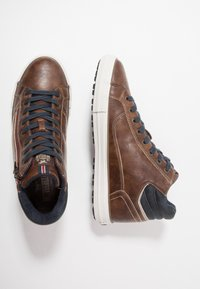 Mustang - High-top trainers - braun - 1