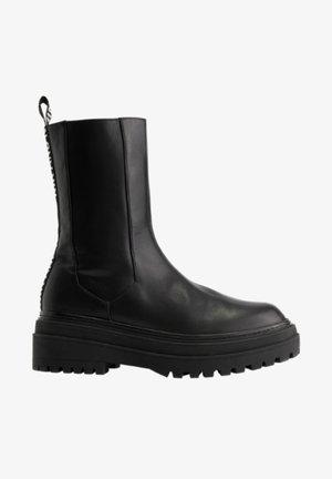 KIKI - Korte laarzen - zwart