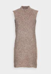 Pieces - PCFREE O NECK MINI DRESS - Jumper dress - silver mink - 3