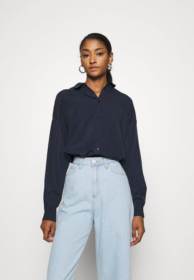 KOKO  - Button-down blouse - navy blazer