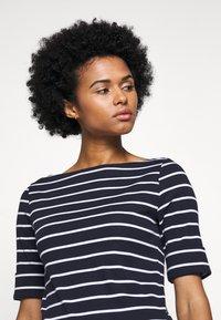 Lauren Ralph Lauren - Print T-shirt - navy/white - 3