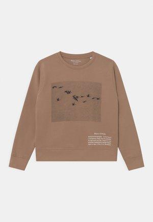 Sweater - warm caramel