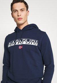 Napapijri - BARAS HOODIE  - Bluza z kapturem - medieval blue - 4