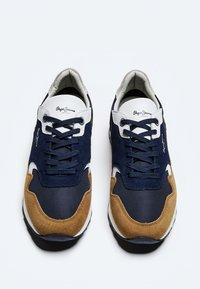 Pepe Jeans - SLAB SUMMER - Sneakers - cognac - 1