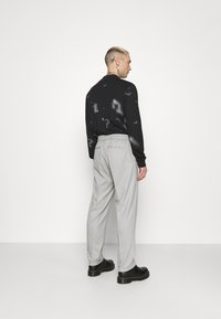 Topman - GRY PRONOUNCED RELAXED - Bukser - grey - 2