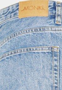 Monki - KYO - Džíny Straight Fit - blue medium dusty - 2
