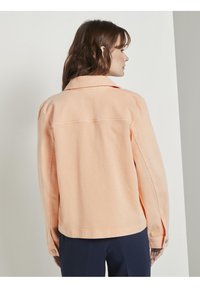 TOM TAILOR - COLORED TWILL - Denim jacket - peach blossom - 2