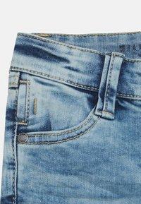 s.Oliver - Denim shorts - blue star - 2