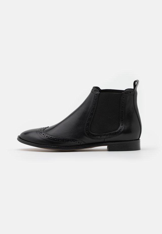 MANON - Korte laarzen - noir