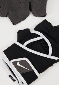 Nike Performance - GYM PREMIUM FITNESS GLOVES - Fingerhansker - black/white - 6