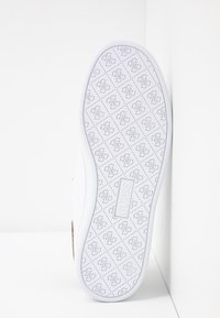 Guess - CHARLEZ - Trainers - white - 6