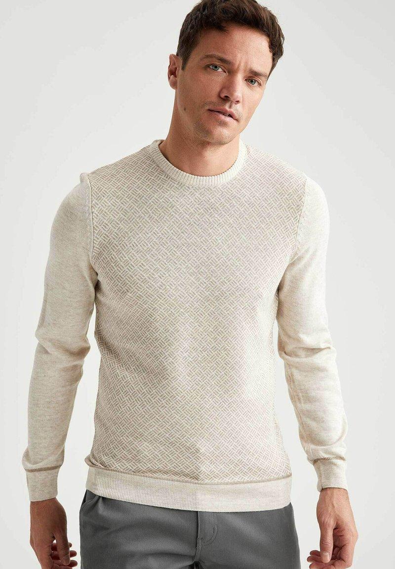 DeFacto - Stickad tröja - beige