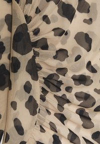 NA-KD - ASYMMETRIC GATHERED - Long sleeved top - tan - 2