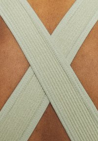 South Beach - NECK CROSS BACK - Toppi - dessert sage - 4