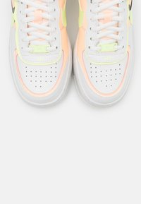 Nike Sportswear - AIR FORCE 1 SHADOW - Trainers - summit white/crimson tint/black/barely volt - 4