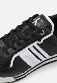 Calvin Klein Jeans - PROFILE LACEUP  - Trainers - black - 5