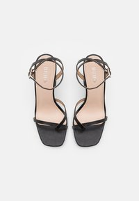 BEBO - TREVIAH - Sandalias de dedo - black - 5