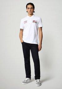 Napapijri - EULA - Polo shirt - bright white - 1