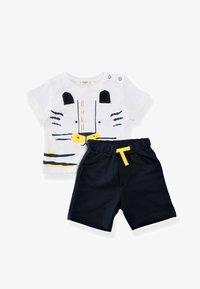 Cigit - SET - Shorts - off-white, light blue - 0