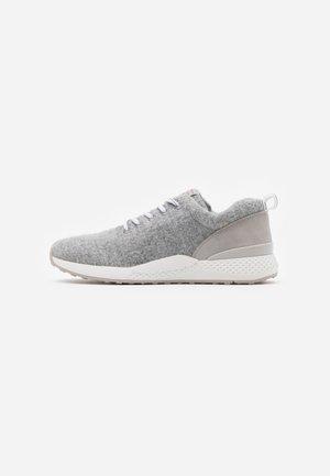 LACE UP - Sneakersy niskie - grey