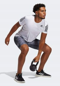adidas Performance - TECHFIT 3-STRIPES FITTED T-SHIRT - Sports shirt - white - 1