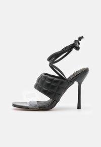 River Island Wide Fit - Korolliset sandaalit - black - 1