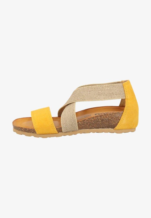 Wedge sandals - ocher