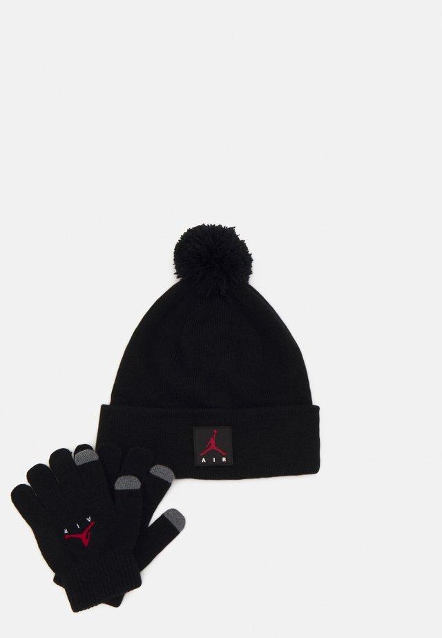 AIR PATCH BEANIE SET UNISEX - Gloves - black