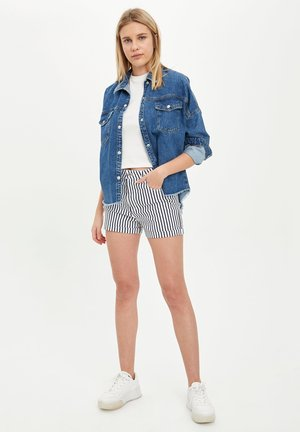 DEFACTO WOMAN NAVY - Shorts - navy