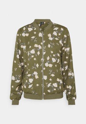 VMZALLIE - Bomber Jacket - ivy green