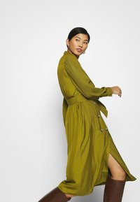 Banana Republic - MIDI TRENCH DRESS - Blousejurk - cinque terre - 5