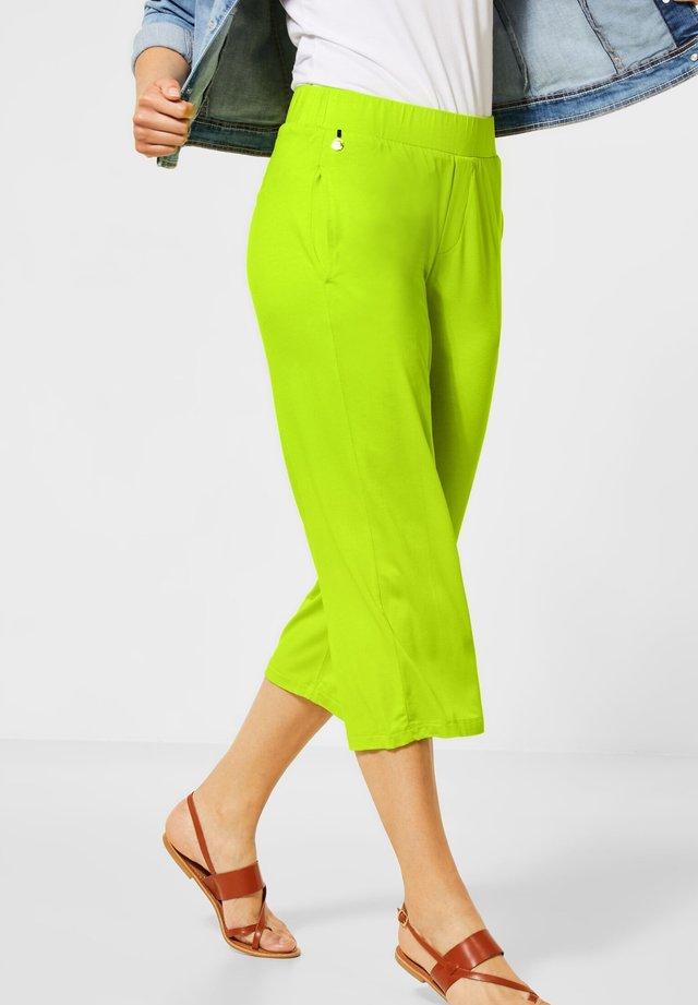 WIDE LEG  - Trousers - gelb
