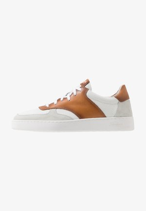 RANDOM - Sneakers laag - tan/white