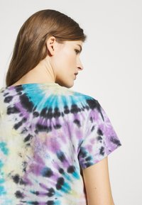Mother - THE BOXY GOODIE GOODIE TEE - Print T-shirt - swirling secrets - 3