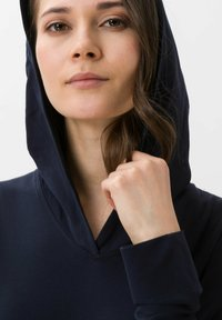 BRAX - STYLE BEA - Long sleeved top - navy - 3