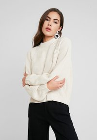 Monki - GITTY  - Strickpullover - sand - 0