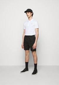 Tiger of Sweden - MAENARD - Shorts - black - 1