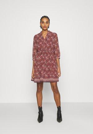 VMBELLA DRESS - Day dress - marsala/bella